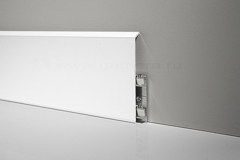 Алюминиевый плинтус Profilpas 95/10 белый